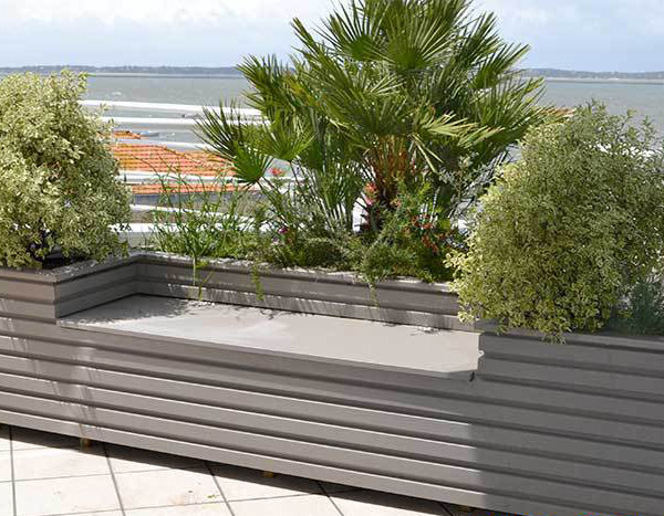 jardiniere sur mesure terrasses et jardins du bassin