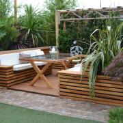 Jardiniere avec double assise coffre et deck